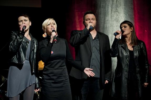 Od lewej: Sylwia Góra Weber (Teatr Wybrzeże), Magda Smuk i Rafał Ostrowski (Teatr Muzyczny) i Małgorzata Oracz (Teatr Wybrzeże). Foto: Paweł Jóźwiak.